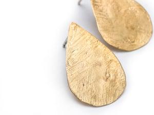 Image of petite petal earring