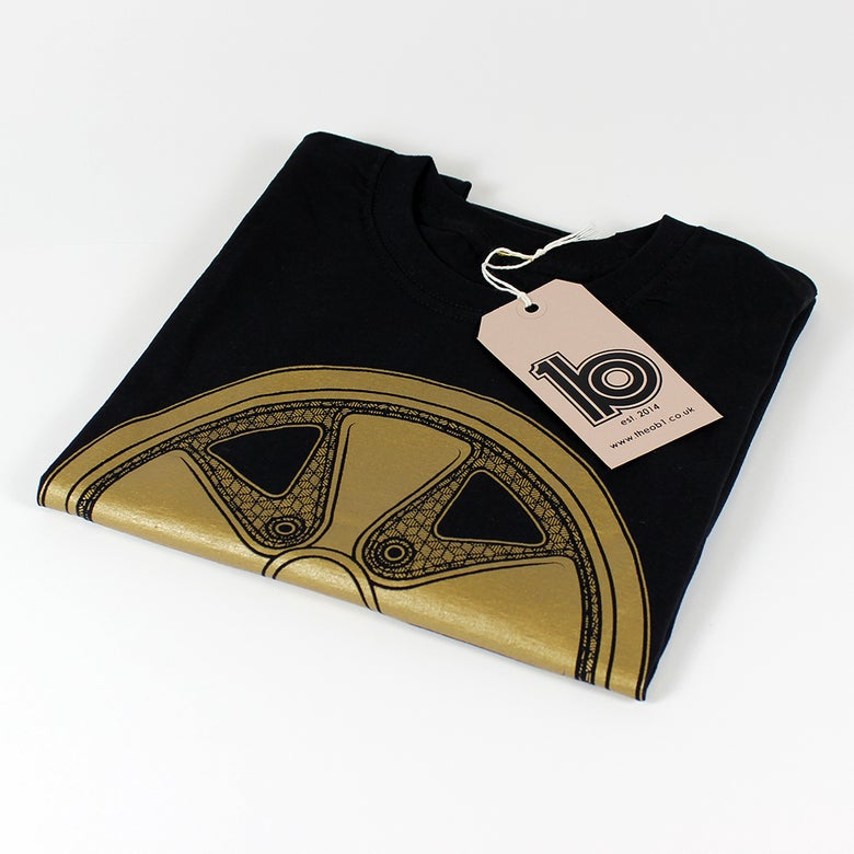 Image of Gold Fuch Tee