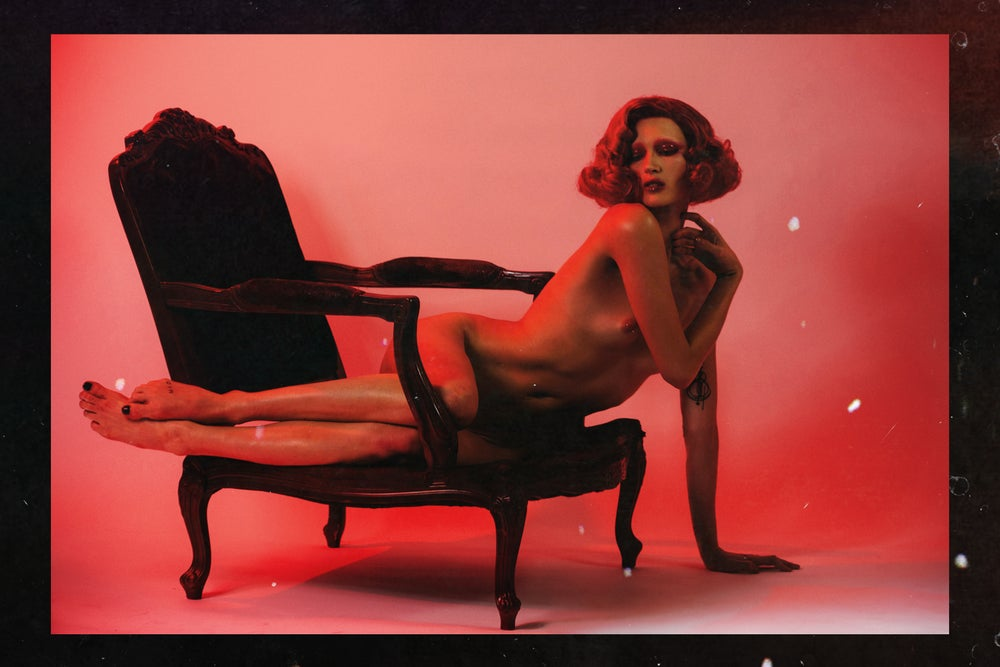 NAKID MAGAZINE - RED ISSUE - ALL NUDE EDITORIAL BOOK (DIGITAL FORMAT)