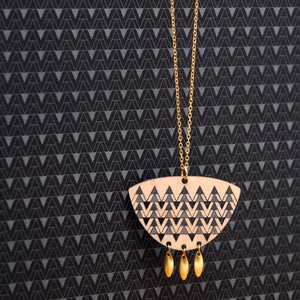 "Image of ""ADAIRA"" NECKLACE"