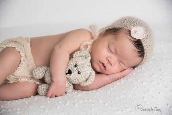 Image of Newborn small session Baby Only
