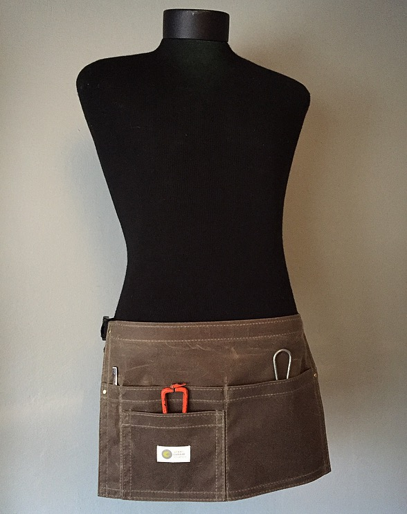 Waxed Waist Apron Stylist 4 Pocket Waxed Waist Apron