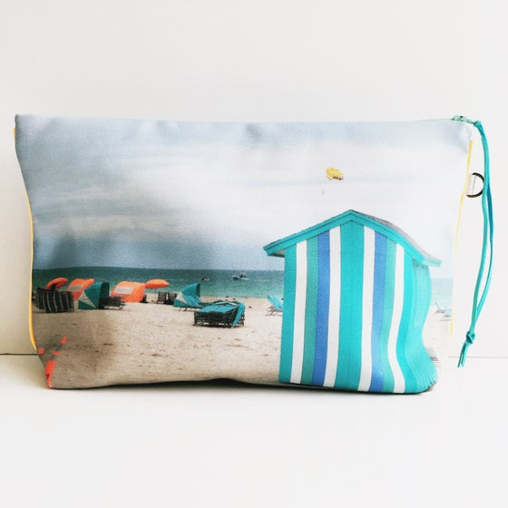 Image of Turquoise Miami Beach Pouch XL