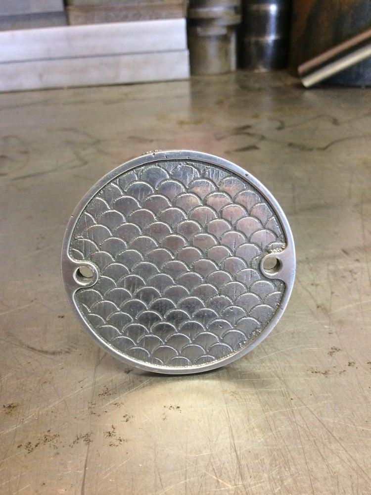 "Image of Mindwar Cycles Cast Aluminum ""Fish Scale"" Points/Timing Cover"