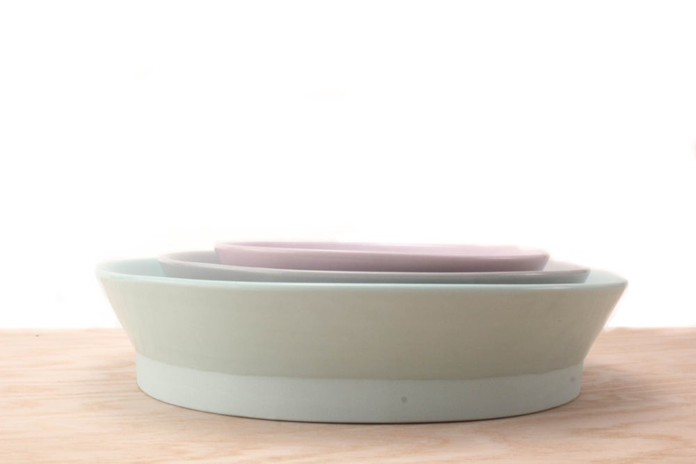 Image of large nesting bowl