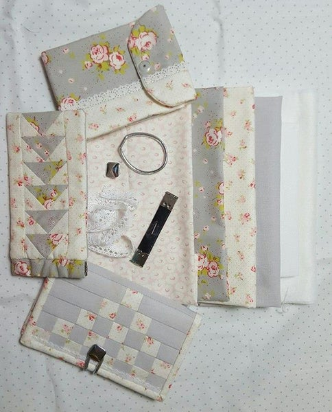 Image of Handbag Helpers Kit