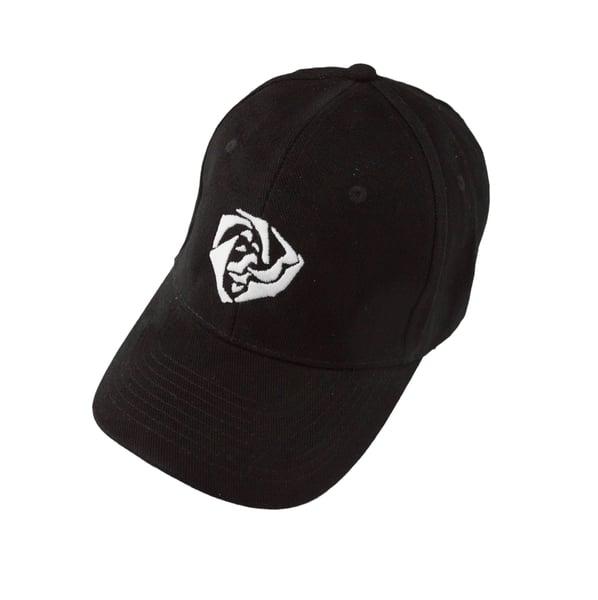 Image of Black Cap Larose - white