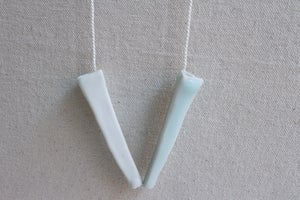 Image of Porcelain necklace, silk chord in alabaster (2)