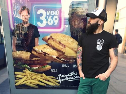 Image of Camiseta negra unisex CALAVERA BARBUDA