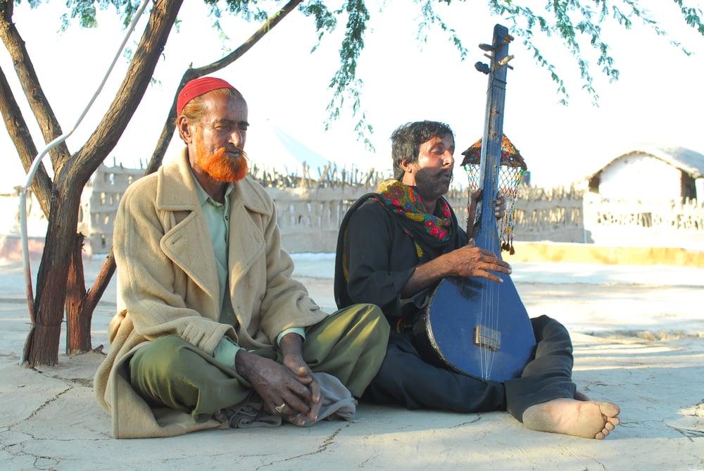 Image of Padikathavan Dhanush Mp3 Songs Free Download
