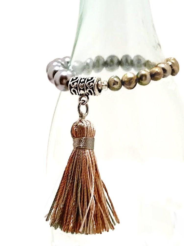 Image of Two-Colors Freshwater Cultured Pearl Stacking Tassel Adjustable Bracelet