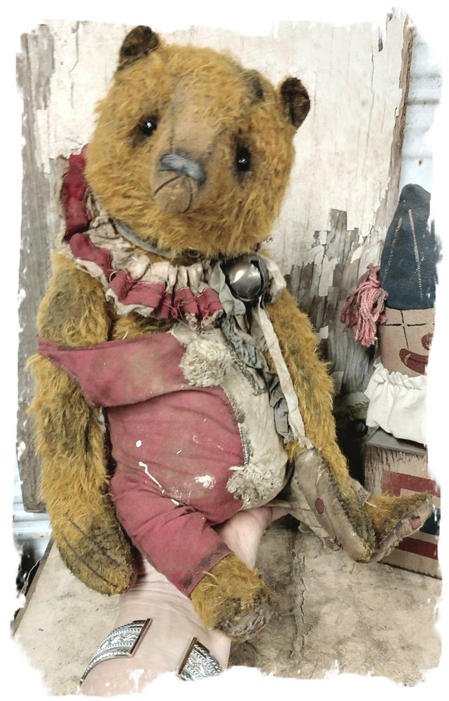 "Image of JUMBO SIZE  Old & Worn MOHAIR Carnival Bear -14.5""   By Whendi's Bears"