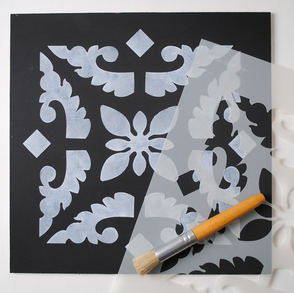 Image of Large Cordoba Floor Stencil