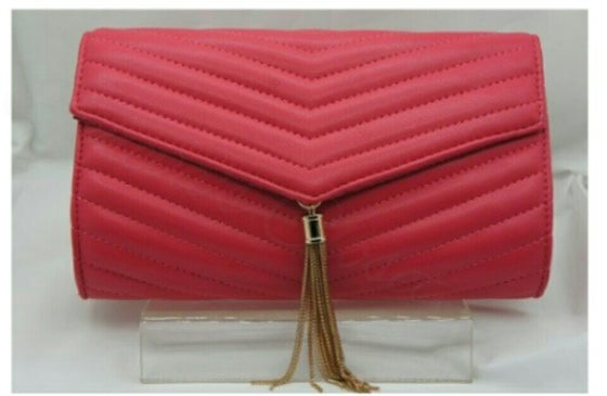 Image of Ribbed Clutch