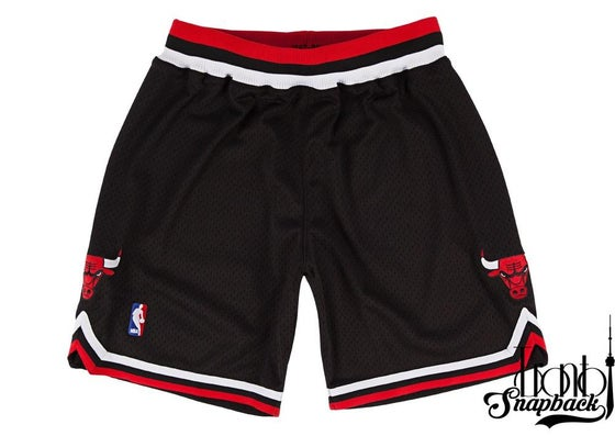 Image of 1997-98 Authentic Shorts Chicago Bulls