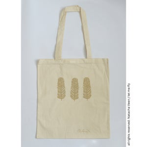 Image of Tote bag *gold trio of feathers*