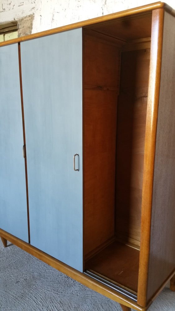 Image of Grand dressing 60 ' 3 portes coulissantes