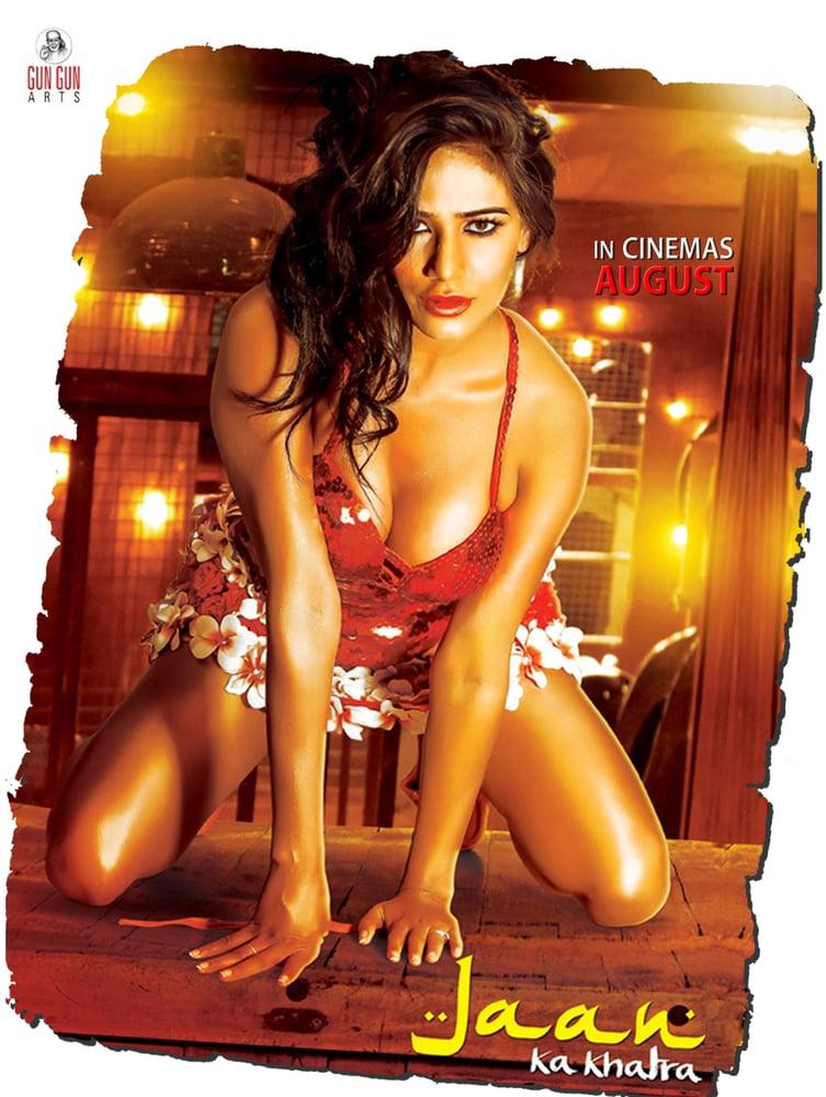 Image of Jaane Tu Mera Kya Hai Male Version Song Download