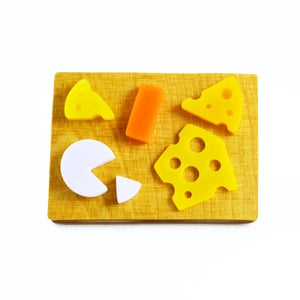 Image of Cheese Board Brooch