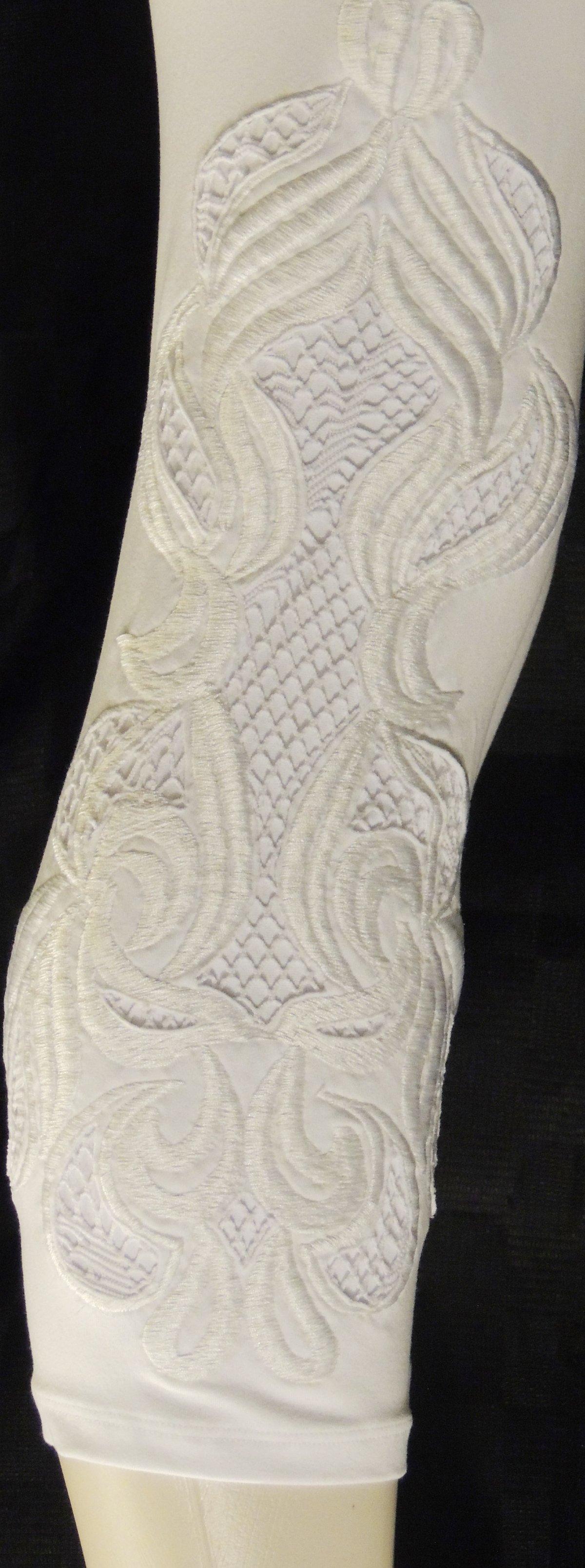 White swirl capris FW3433WHI