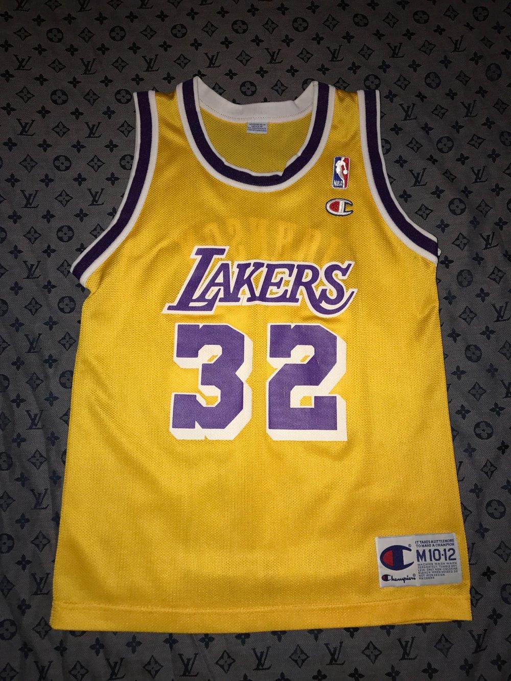 pretty nice 8223c 6e011 Magic Johnson champion jersey