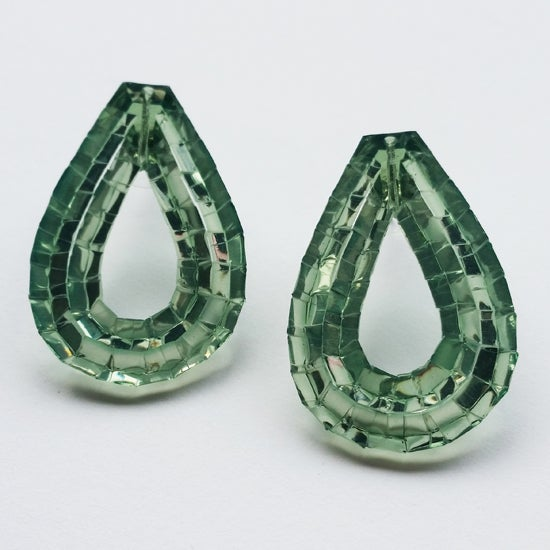 Image of rain stud earrings - emerald