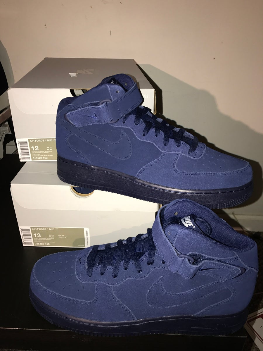 online store 77d84 f7170 Nike Air Force 1 Mid