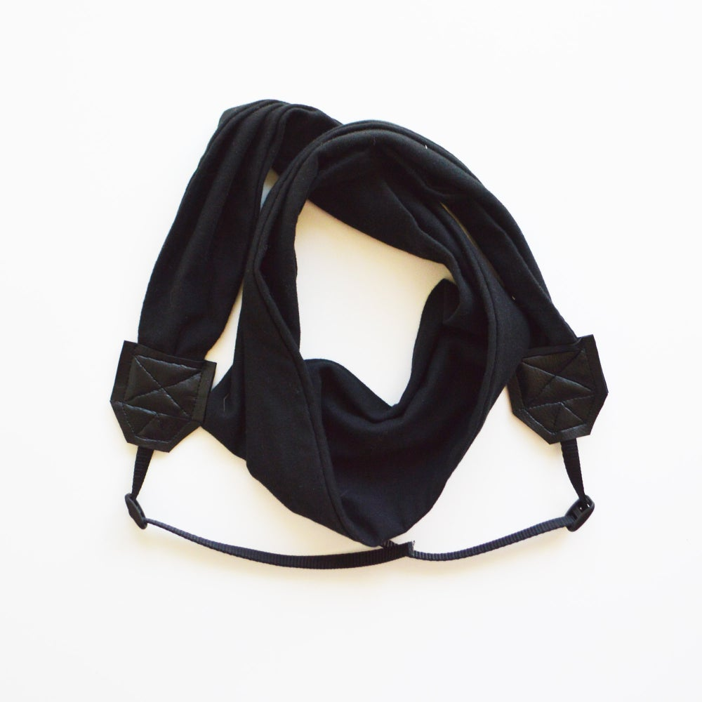 Image of Camera Strap Soft Knit Fabric Top Photographer Gift 2018 - Black - Cross body