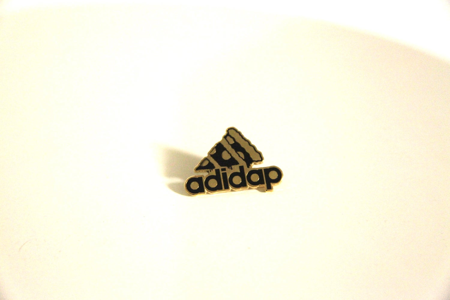 Image of 3 Slice Silver&Gold Lapel Pin