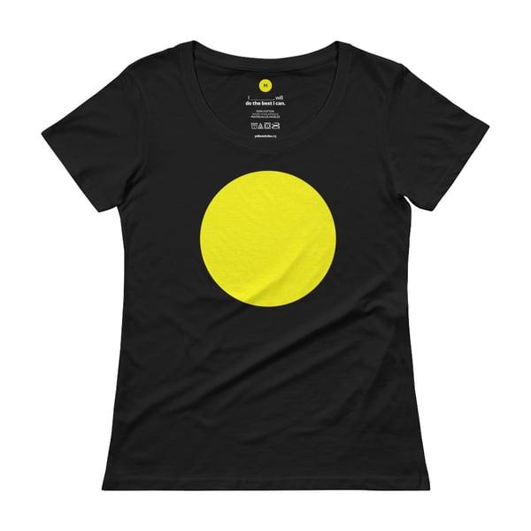 Image of Female Plain Yellow Circle
