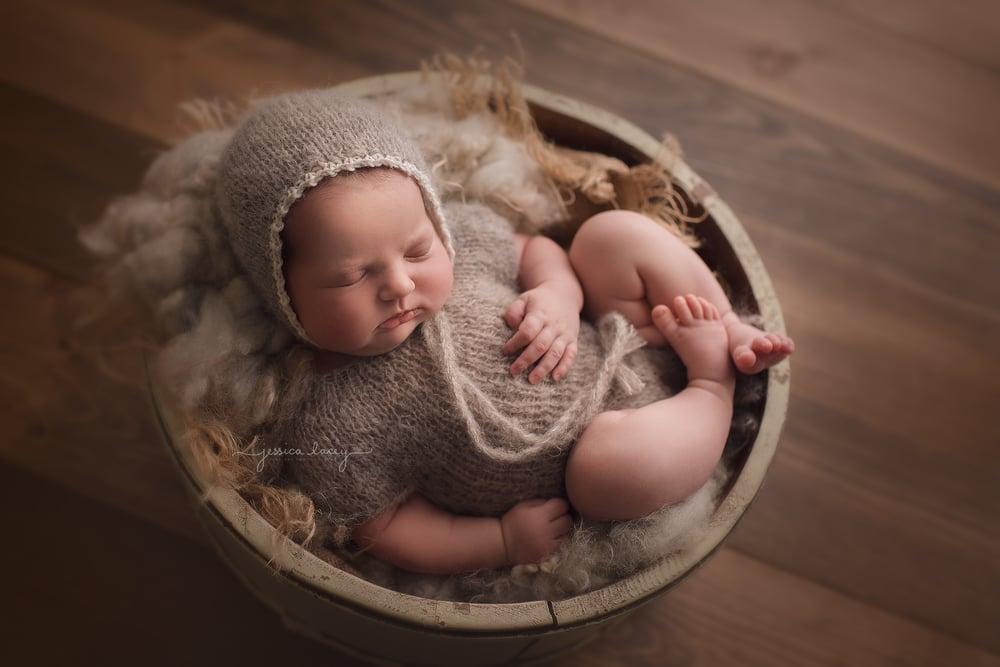 Image of Set - Newborn Romper and Bonnet, Short Sleeved, Brushed Alpaca
