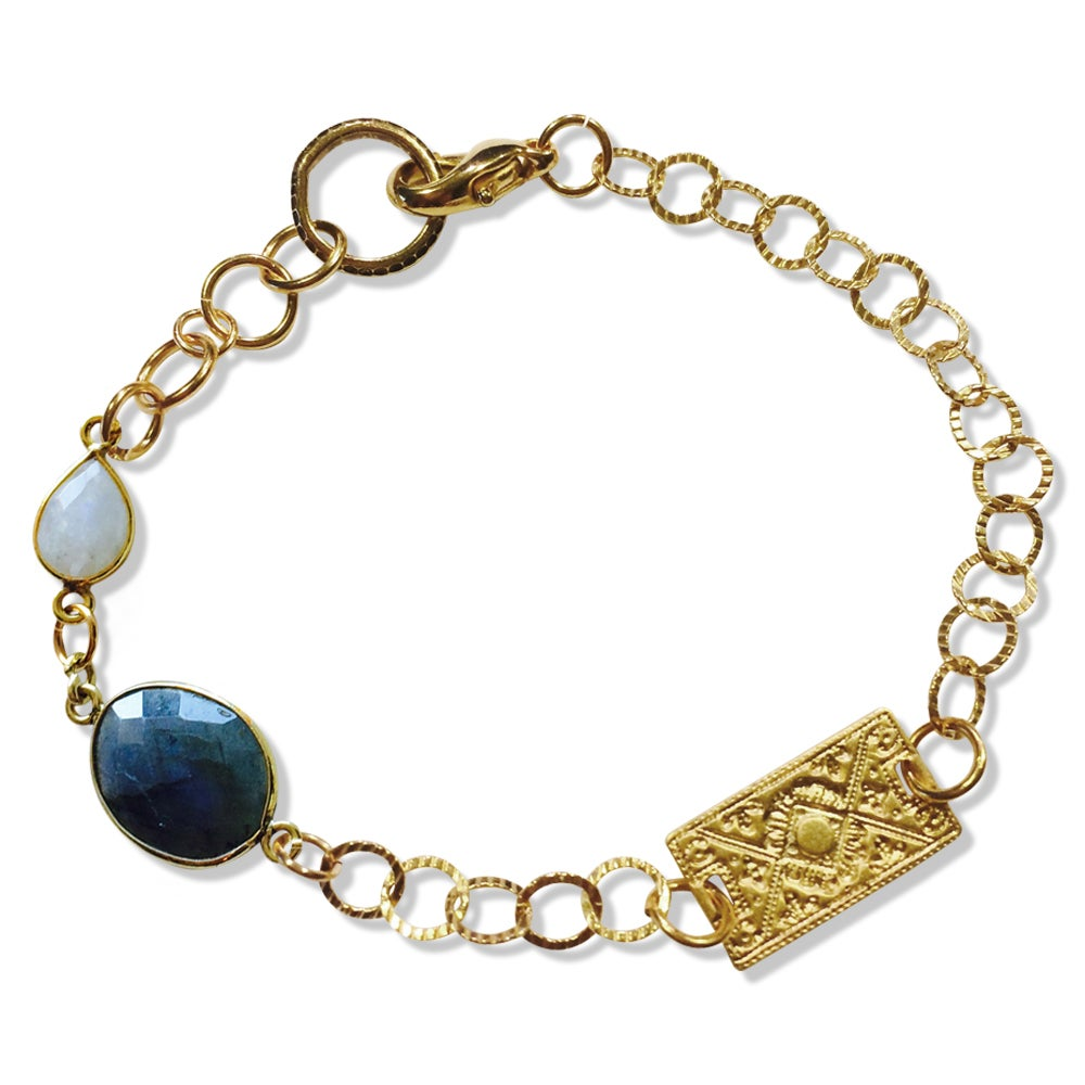 Image of MIA MOONSTONE BRACELET