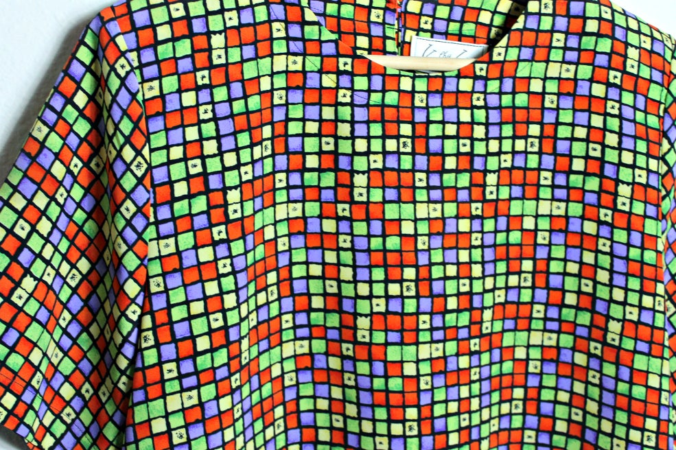 Image of Kathy Che color block crop blouse