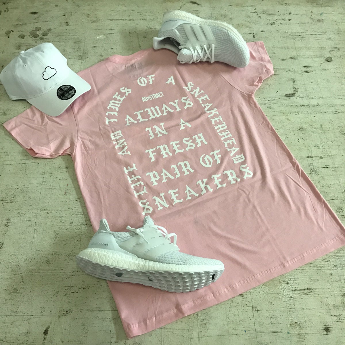 """Image of I AM A SNEAKERHEAD """"PINK, BLUE TINT, TAN, OR MINT"""" T-SHIRT"""