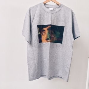 Image of JAWS RIGHT INFRONT TEE GREY