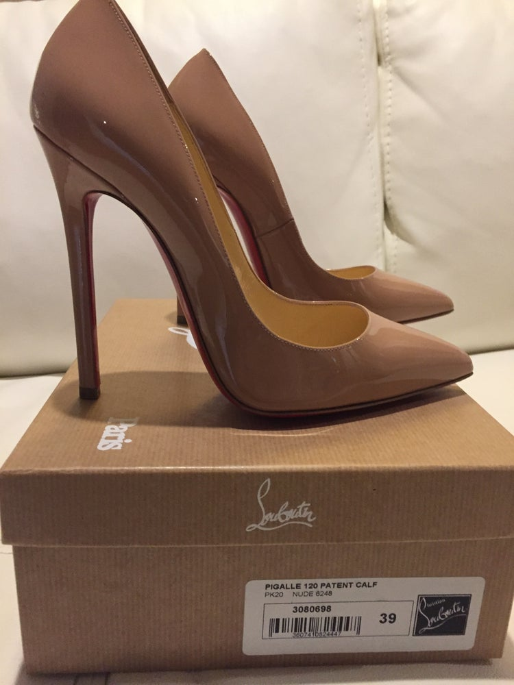 buy popular fdd4f 204d1 Authentic Christian Louboutin Pigalle Nude Patent Leather Size 39 120MM
