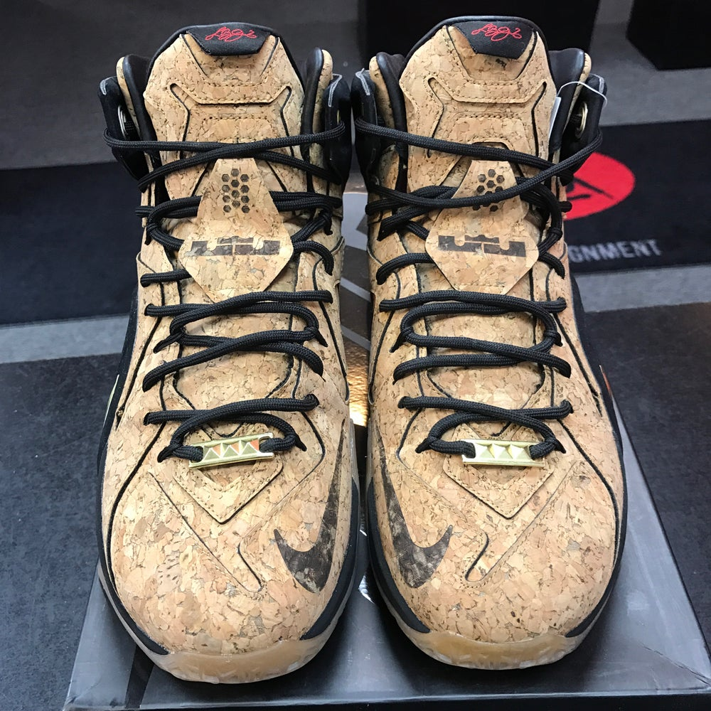 "Image of NIKE LEBRON 12 EXT CORK ""KING'S CORK"" - Size 10"