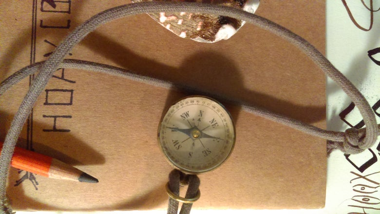 Image of Vintage 1940s  compass