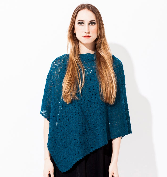 Image of Lace knitted poncho    Parisblue