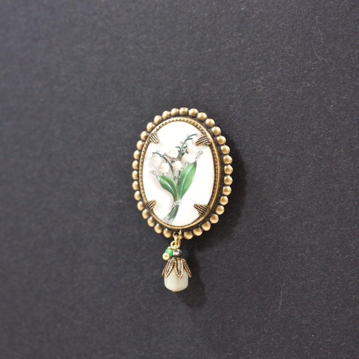 Image of Lily - Mini-broche