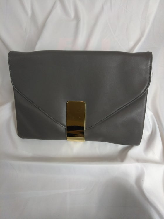 Image of Chic clutch