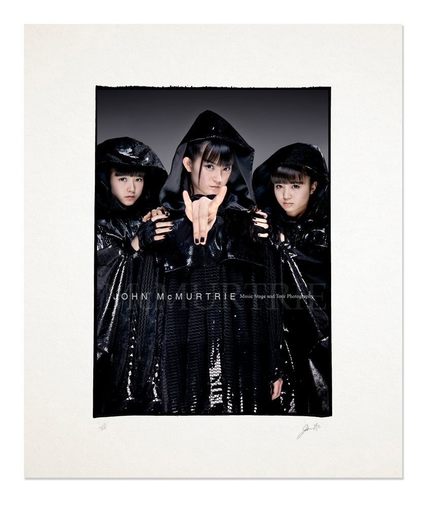 Image of BABYMETAL - ALTERNATIVE COVER 20x16