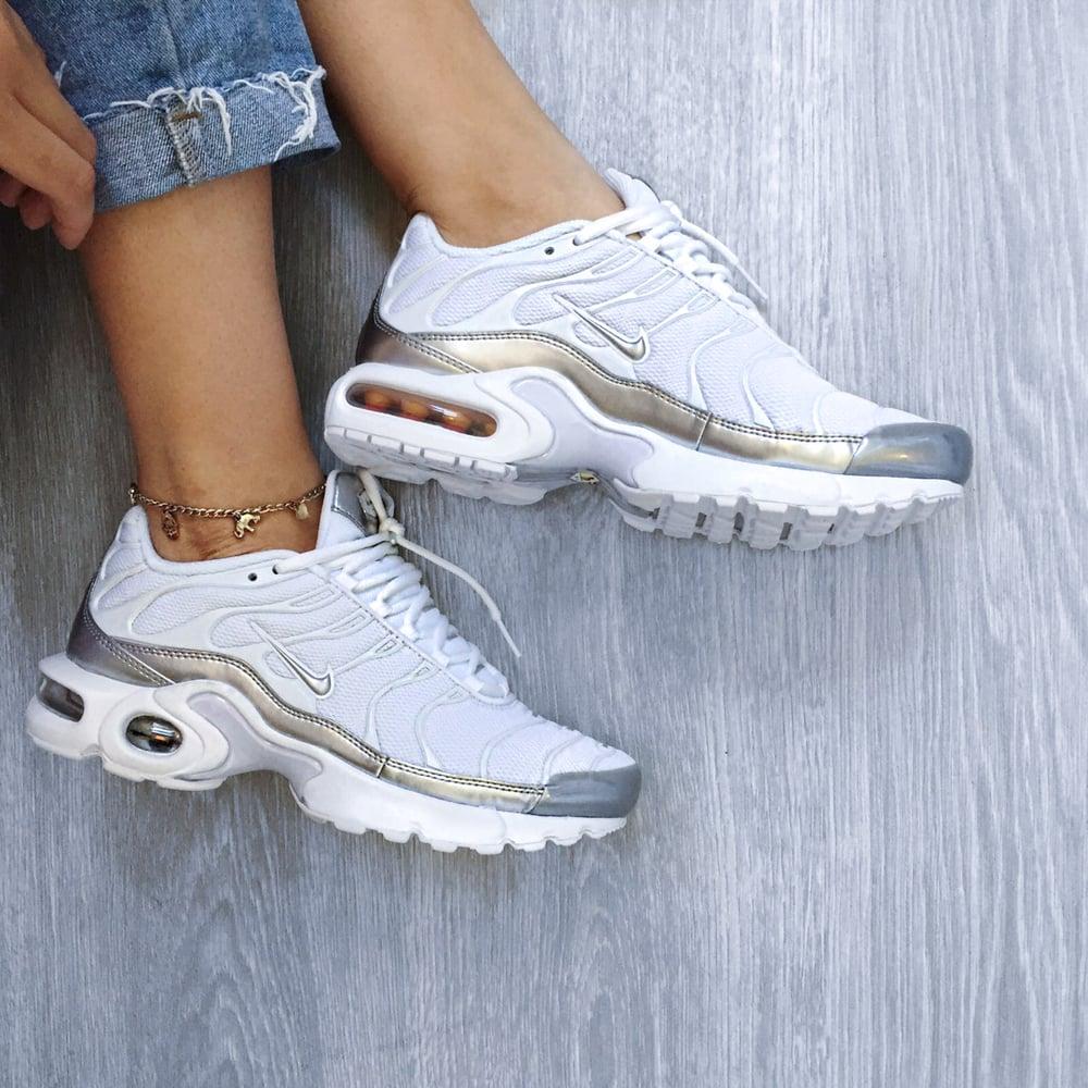 Image of Nike Air Max Plus 'Metallic  Silver' (Grade School)