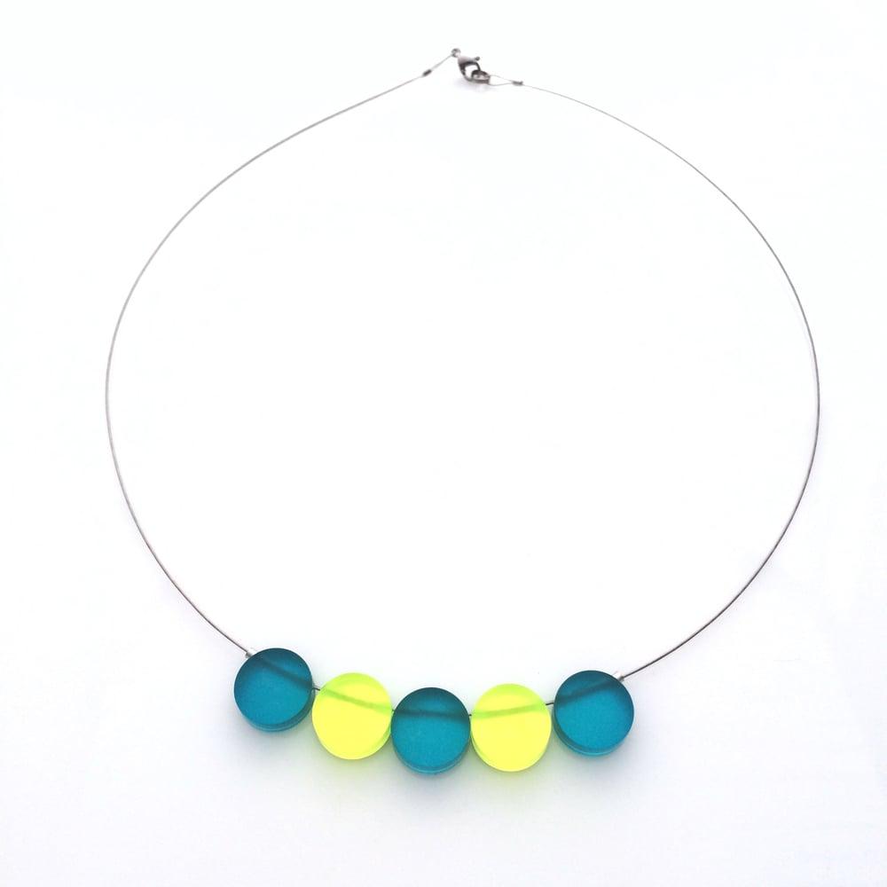 Image of Náhrdelník / Necklace Circles tyrkysová x fluorescentni zelená