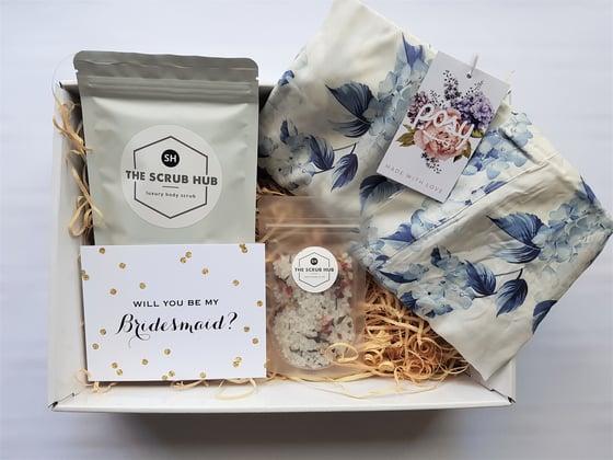 Image of Helene Bridesmaid Gift Box