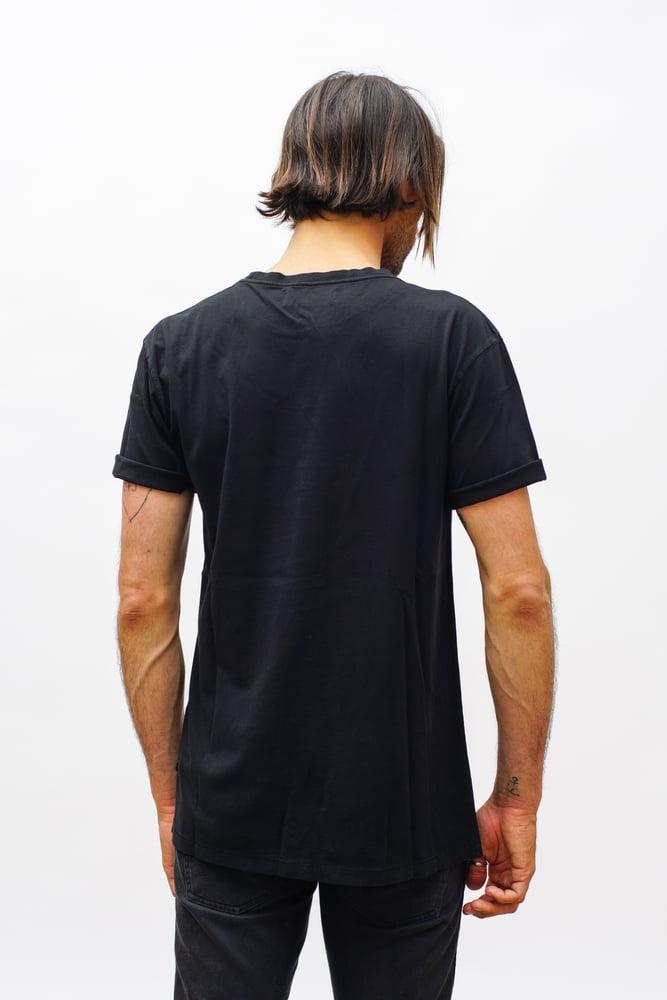 "Image of ""BANDALA"" T-Shirt"
