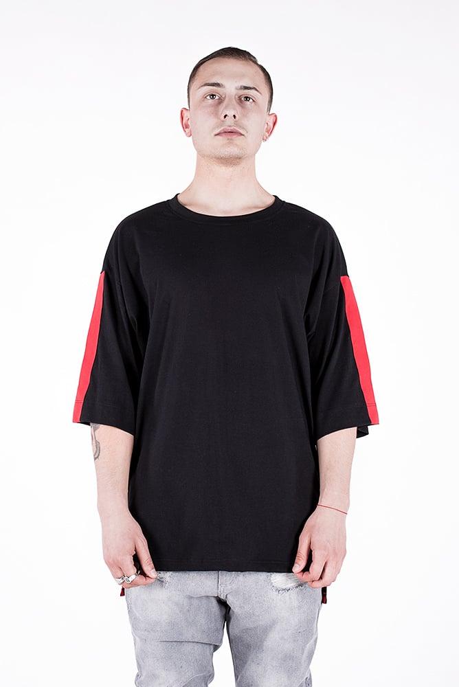Image of U-F Stripe Oversized  Tshirt Red