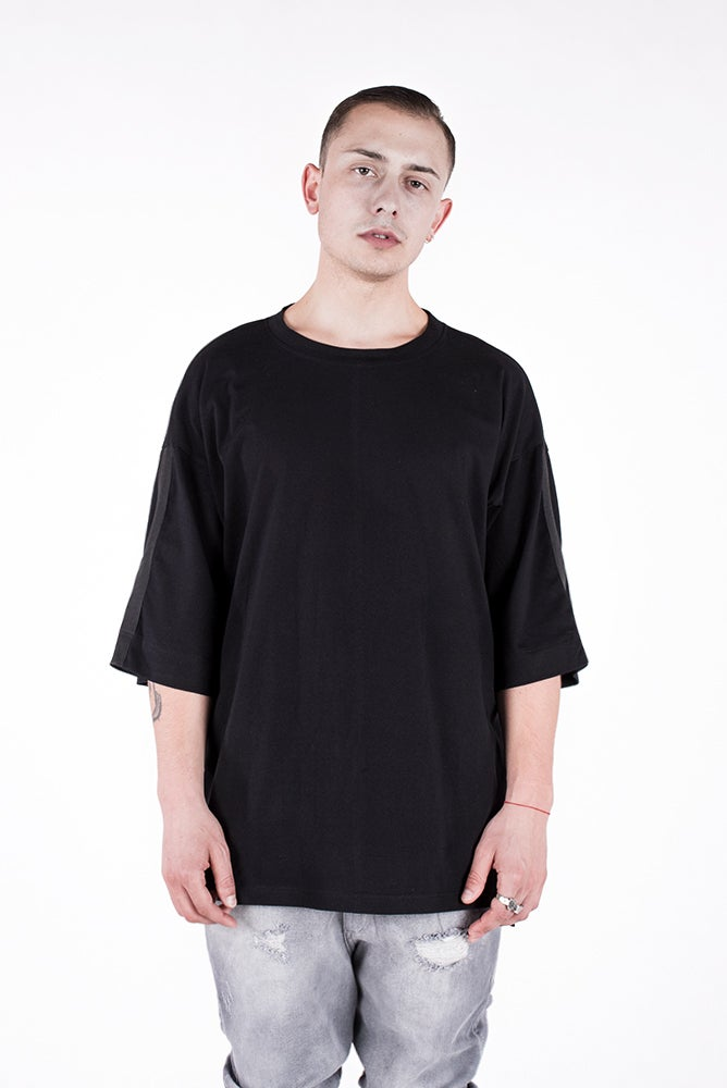 Image of U-F Stripe Oversized Tshirt Black