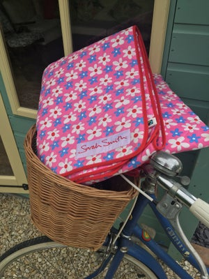 Image of Pink 'Scooby' Picnic Blanket
