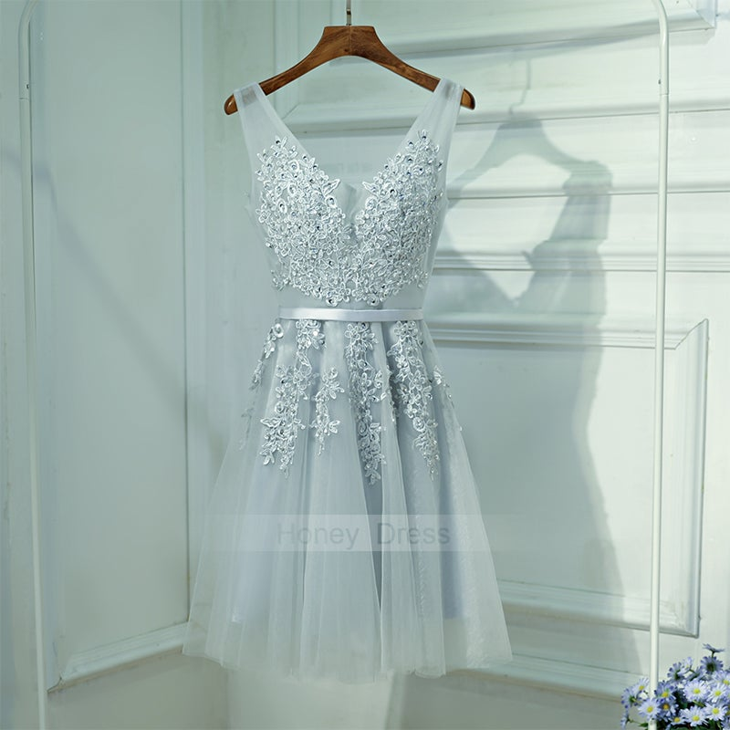 a7a25928f16 Image of Sliver Gray Tulle V-Neck Lace Applique Waistband Short Homecoming  Dress